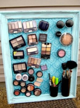 320x434x26-magnetic-makeup-board.jpg.pagespeed.ic.10Y9GQef-z